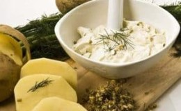 Самые эффективные рецепты картофельных масок для глаз