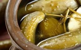 Рецепты квашеных огурцов: в банках под железной крышкой как бочковые