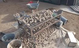 Приспособление для сортировки картофеля и как его сделать своими руками