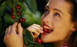 Чем полезна вишня для организма женщины
