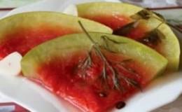 Простые и быстрые рецепты квашеных арбузов
