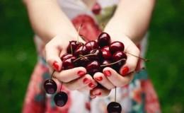 Чем полезны ягоды черешни для организма женщины