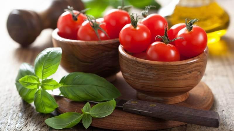 Чем вредны и полезны помидоры для человека