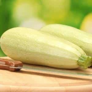 Как приготовить вкуснейшие хрустящие малосольные кабачки в пакете: быстрый рецепт за 5 минут