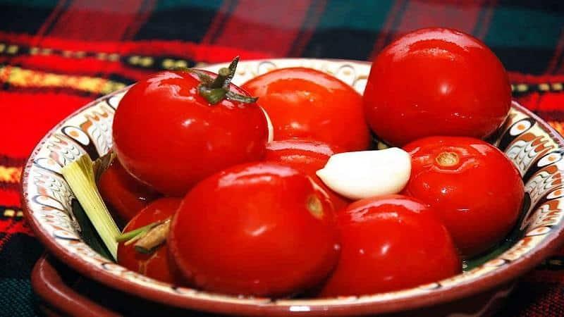 Топ-15 самых вкусных рецептов томатной консервации: как солить помидоры на зиму в банках