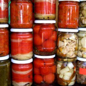 """Популярный сорт, полюбившийся многим огородникам: томат """"Самара"""" и его преимущества перед другими видами помидоров"""