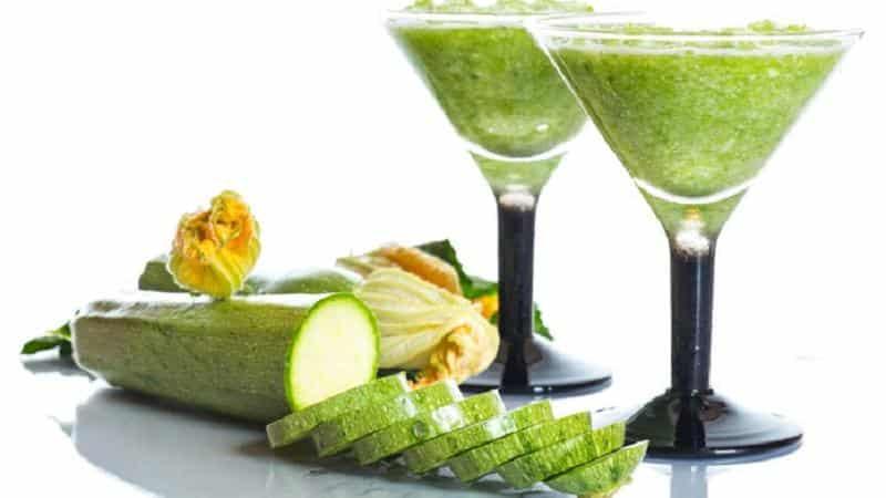 Как пить сок кабачка: польза и вред для организма, правила использования в народной медицине и косметологии