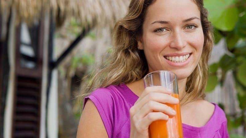 Чем полезен тыквенный сок с мякотью для мужчин, женщин и детей: готовим целебный напиток своими руками