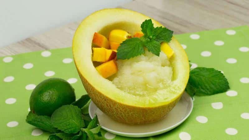 Как приготовить вкусный и полезный сок из дыни в домашних условиях