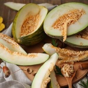 Польза и вред семечек дыни для организма