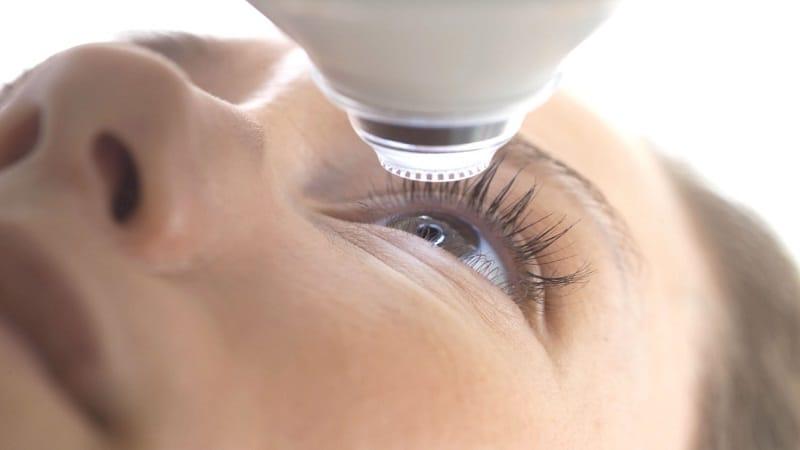 Профилактика и лечение катаракты укропом: рецепты, инструкция по применению и отзывы
