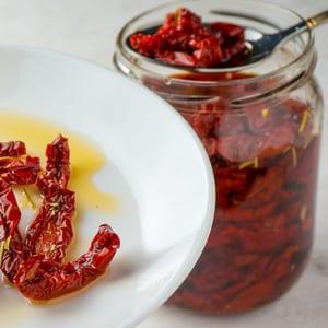 Как приготовить вяленый перец на зиму: рецепты с фото, советы по хранению заготовки