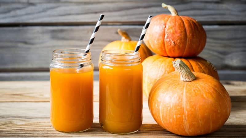 Избавляемся от лишних килограммов легко и без вреда для здоровья: готовим и пьем тыквенный сок для похудения