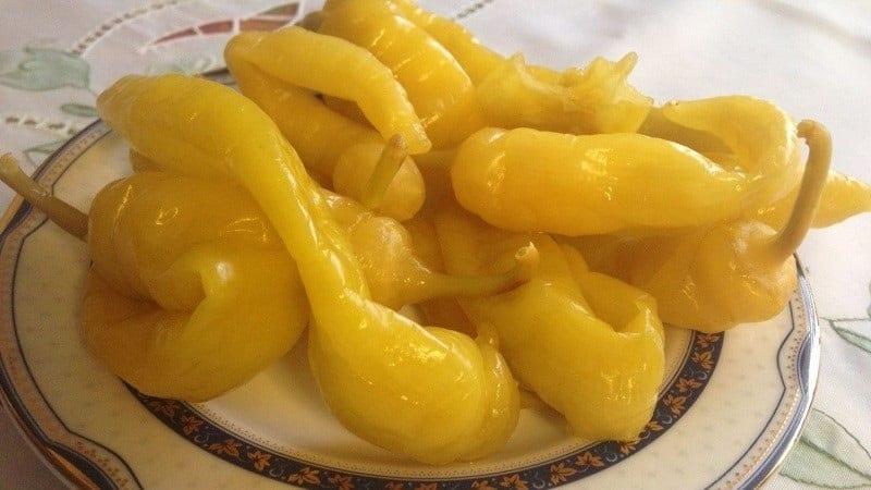 Как сохранить горький перец на зиму в домашних условиях в замороженном, сушеном или консервированном виде