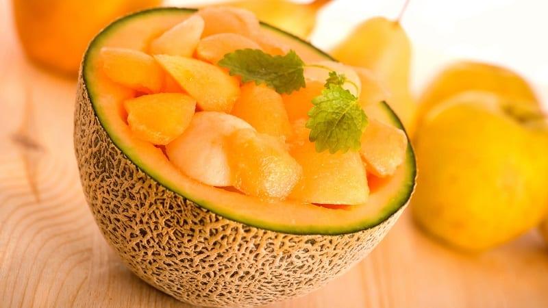 Какие витамины в дыне и чем она полезна для организма