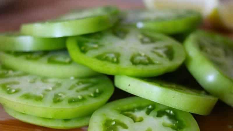 Где и как хранить зеленые помидоры, чтобы они покраснели как можно быстрее и как сохранить надолго спелые плоды