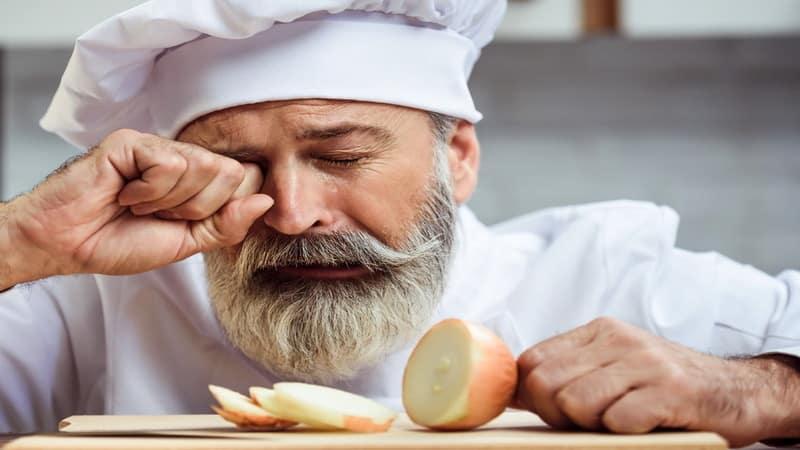 Перестаньте плакать на кухне: научитесь резать лук без слез