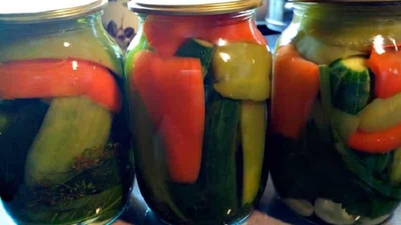 Как приготовить маринованные огурцы с болгарским перцем на зиму