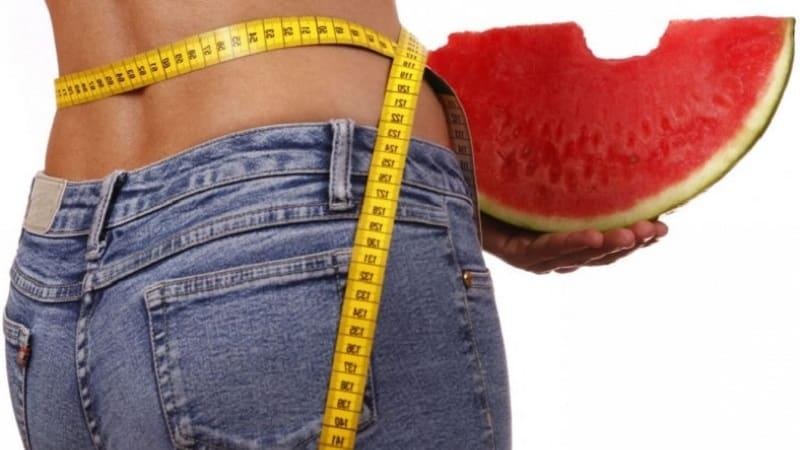 Какая калорийность у арбуза, и чем он полезен для организма человека
