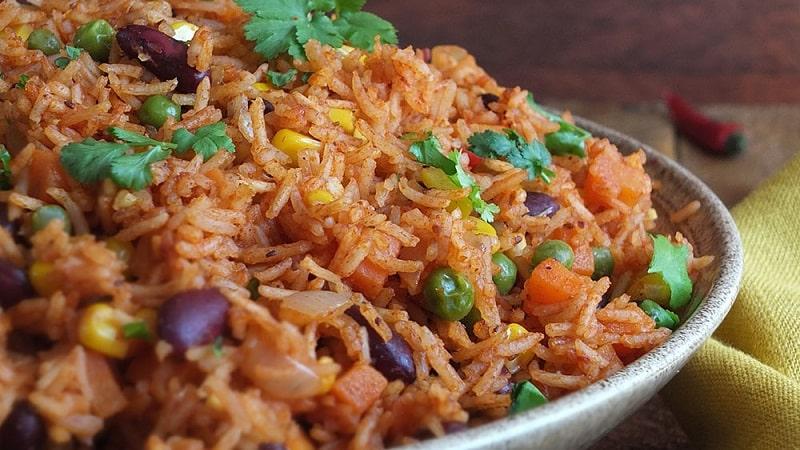 Рис тушеный при похудении
