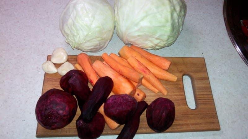 Как заготовить очень вкусную квашеную капусту на зиму