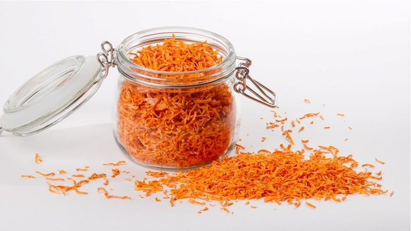 Чем хороша сухая морковь, как её правильно заготовить и куда применять