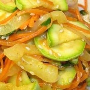 Как вкусно заготовить морковь по-корейски на зиму в банках