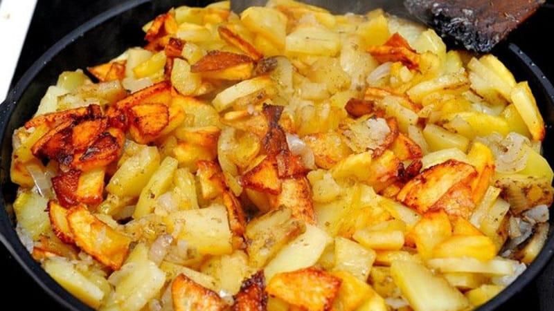 Чего не хватает в организме, если постоянно хочется картошки