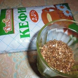 Чем полезна сырая гречка с кефиром: худеем и очищаем организм с помощью простейшего сочетания