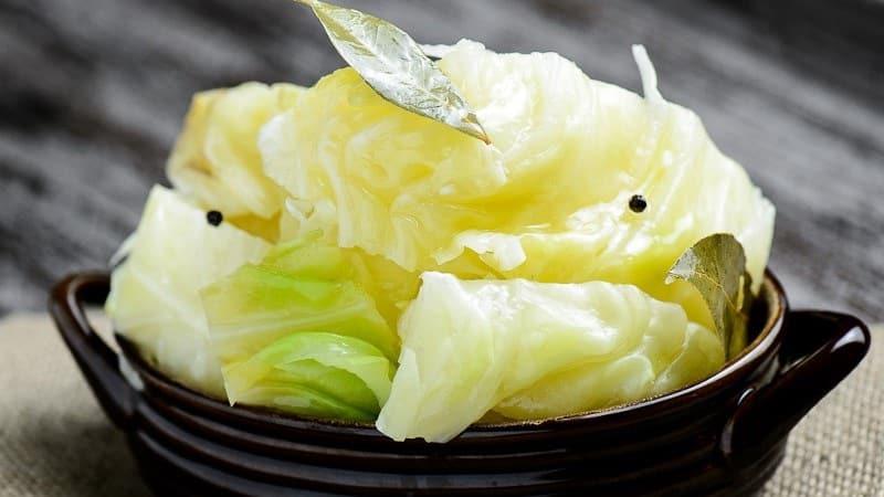 Как можно вкусно приготовить квашеную капусту кусочками разными способами