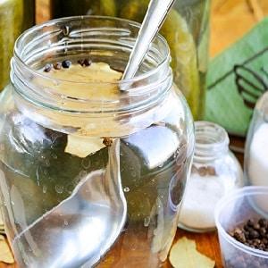 Как правильно заготовить маринованные огурцы без стерилизации на зиму