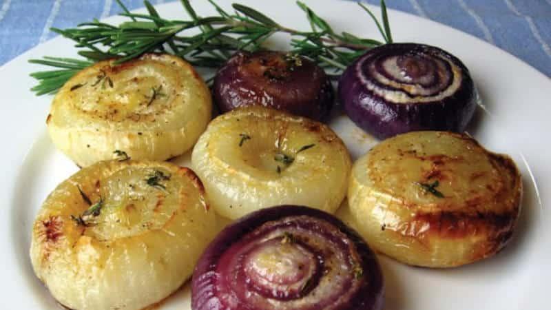 Запеченный лук в духовке для лечения