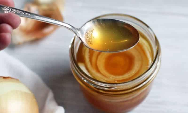 Целебные свойства лука с медом: лучшие рецепты от детского кашля