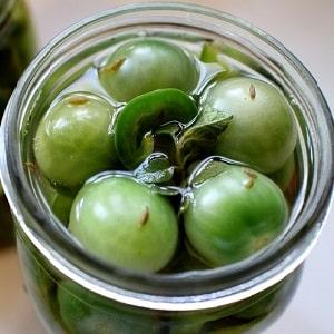 Как приготовить зеленые помидоры на зиму: простые, но необычные и вкусные рецепты со всего мира