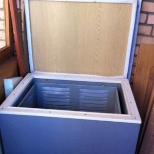Пошаговая инструкция: как утеплить ящик для хранения картошки на балконе