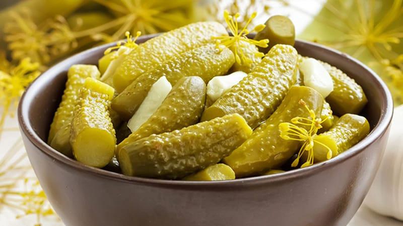 Вкуснейшие сладкие, хрустящие маринованные огурцы: рецепт на зиму для литровых банок