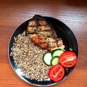 Лучшие сочетания для худеющих: с чем можно есть гречку на диете и какие диетические блюда из неё приготовить
