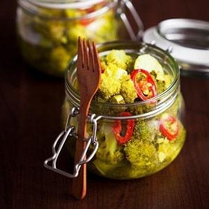 Простые и вкусные заготовки из брокколи на зиму своими руками