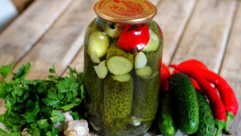 Особенности засолки огурцов с лимонной кислотой: рецепты для 1 и 3 литровых банок
