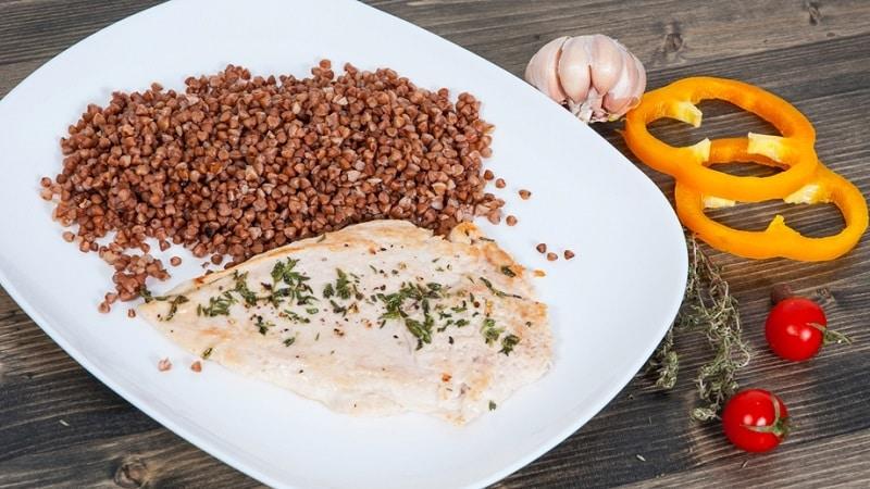 Составляем меню с умом: с чем сочетается гречка при правильном питании