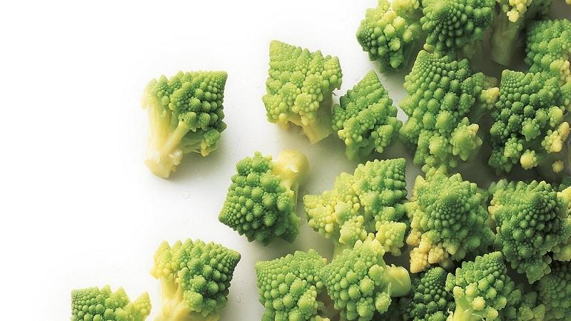 Чем полезна капуста романеско, как выглядит на фото, трудно ли ее выращивать и как готовить