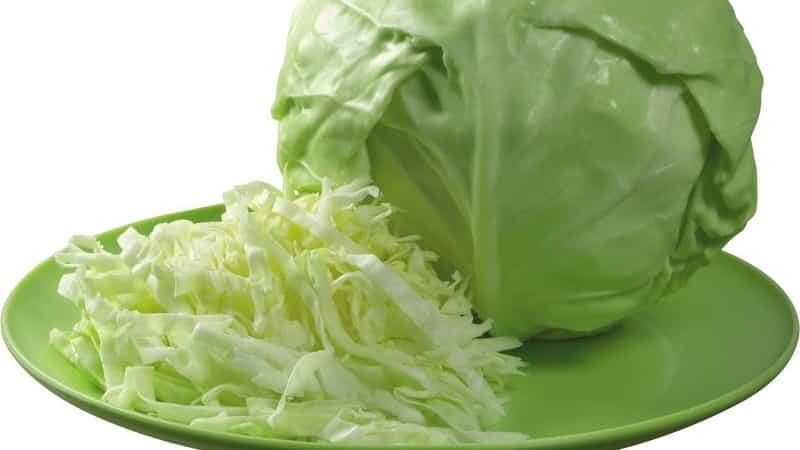Как правильно засолить капусту, чтобы она была хрустящей: рецепты в банках и кастрюле