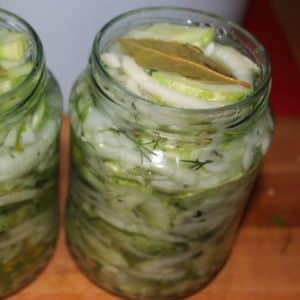 Как приготовить Нежинские огурцы на зиму: рецепты салата по ГОСТу и другие варианты приготовления