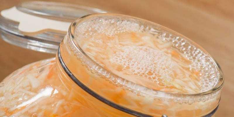 Чем полезен сок квашеной капусты для лица и как готовить с ним различные маски