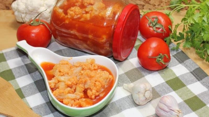Как заготовить цветную капусту в томатном соке на зиму: рецепты
