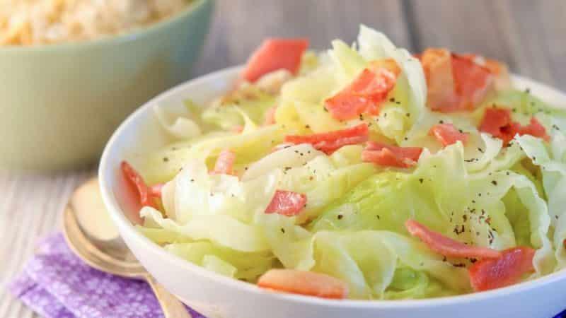 Химический состав и калорийность вареной капусты, правила её приготовления