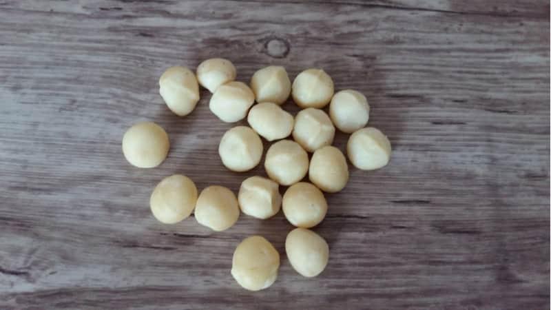 Как и в каком количестве употребляют орех макадамия