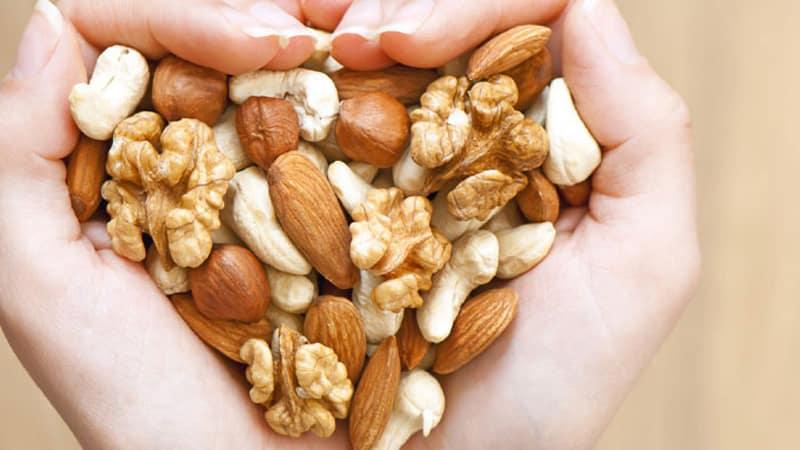 Как орехи влияют на женский организм
