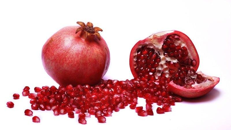 Как правильно есть гранат (с косточками или без): лайфхаки для легкой очистки фрукта