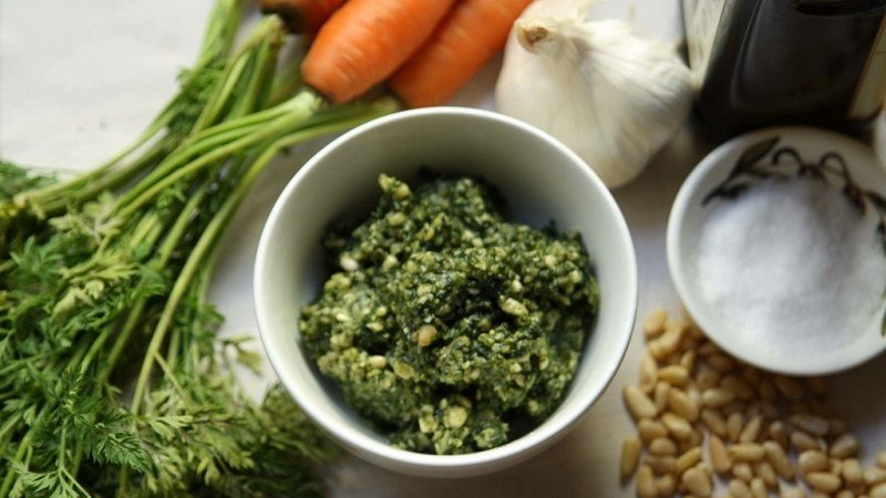 Невероятные лечебные свойства морковной ботвы: рецепты и противопоказания